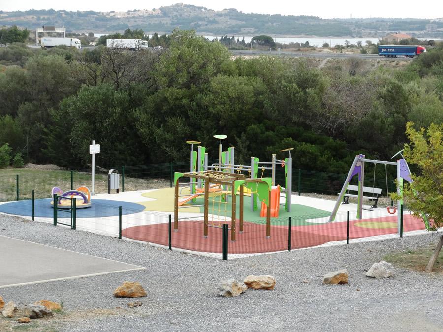 jardin d'enfants 900